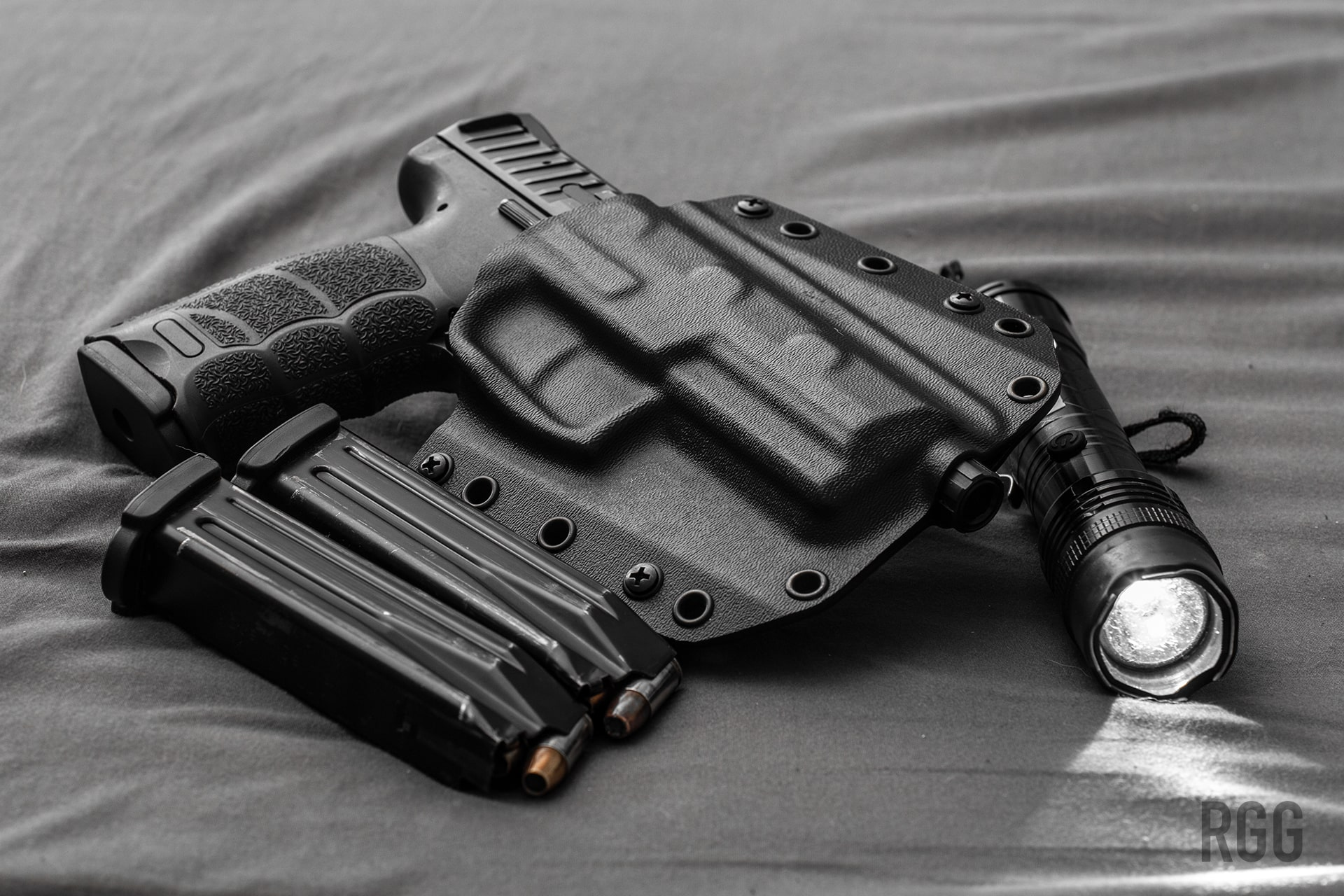 Bravo Concealment's BCA OWB Holster for the H&K VP9