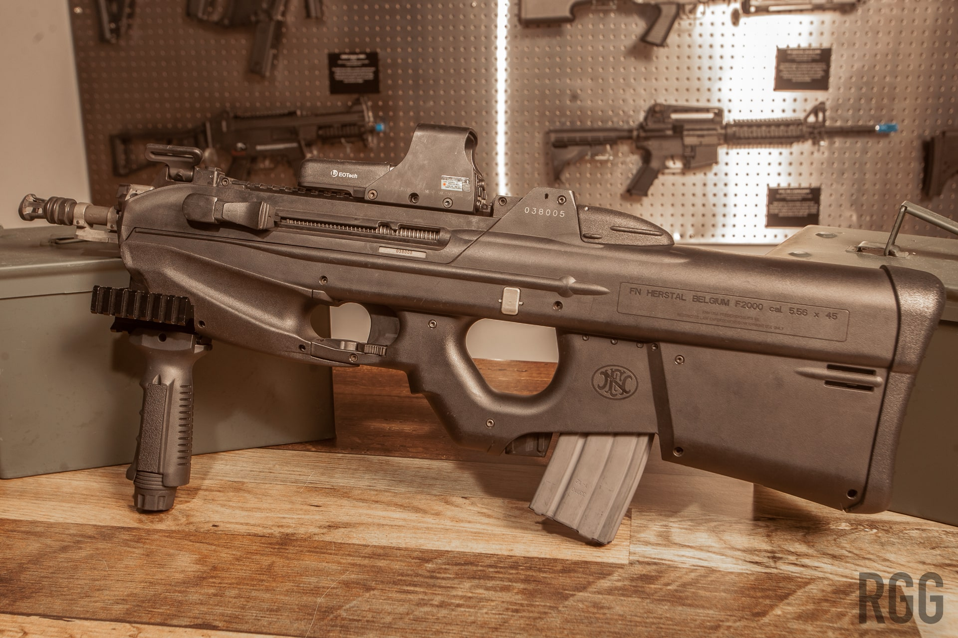FN F2000 full-auto bullpup rifle.