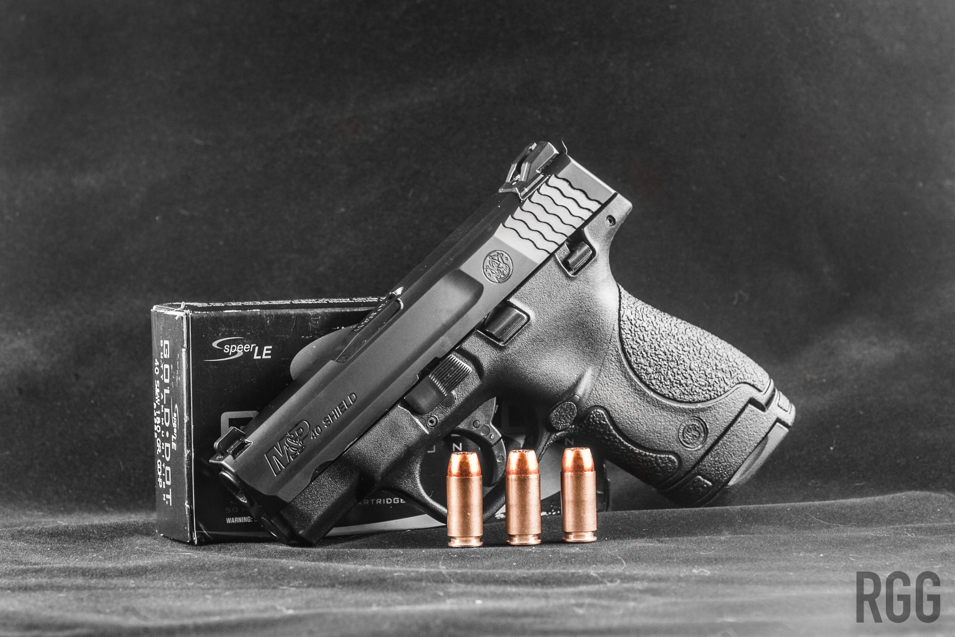 The Smith & Wesson M&P Shield 40 - an effective subcompact pistol chambered in .40 S&W